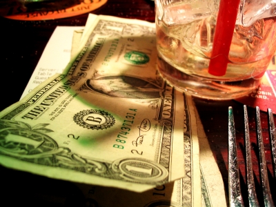Your Guide To Tipping Around The World (or) How Not To Be Hated By Waitstaff While Traveling
