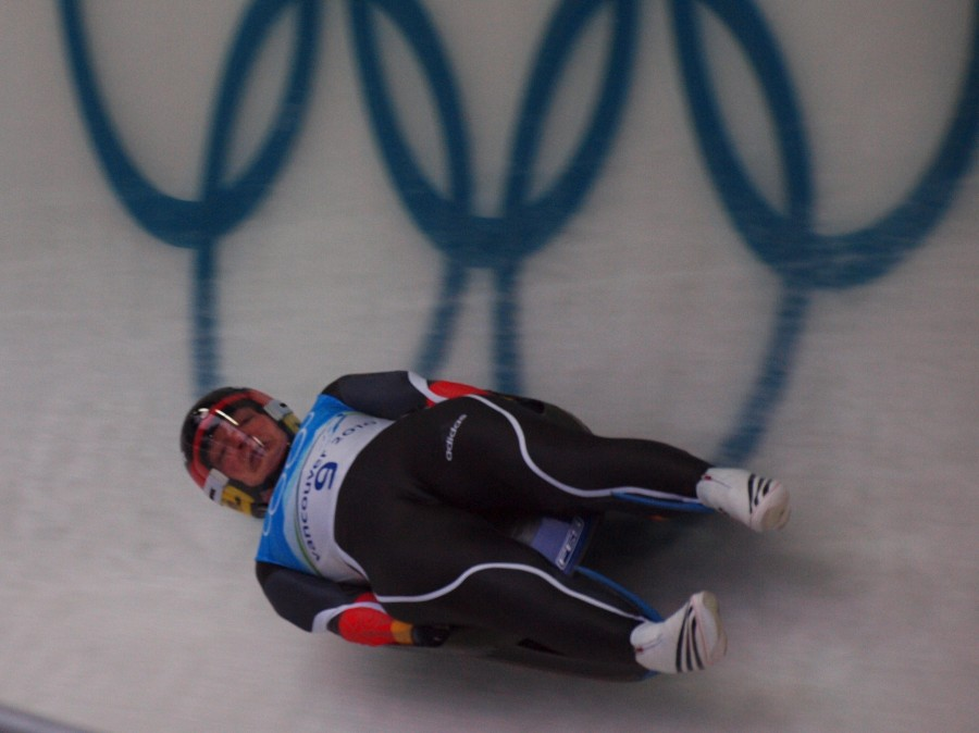 2010 Olympics Days 4 5: Luge (The Wildest Sport On Earth)