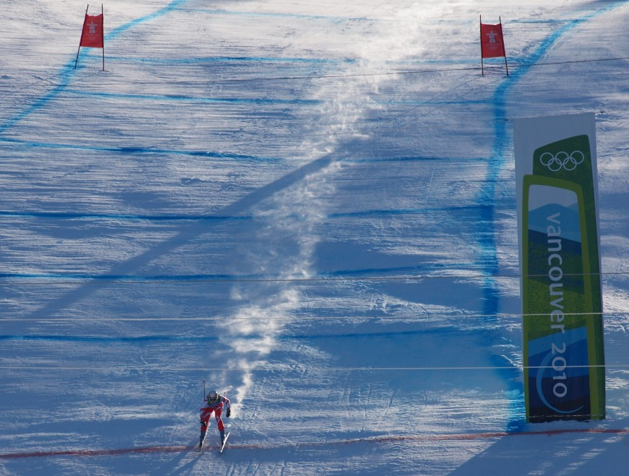 2010 Olympics Day 9: Downhill, Slalom, And The Human Missile Events
