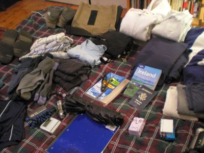 10 Things I Pack When Traveling (And 10 Things I Leave At Home)