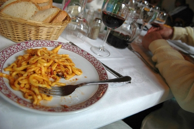 How You, Too, Can Get Invited To A Strangers House For A Meal In Italy