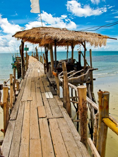 "January's ""Island Vibes"" Photo Contest Winner: A Thai Pier Perspective"