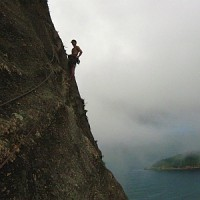 ClimbingRiodejaneirosSugarLoafJamesBondStyle