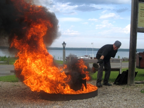 How To Throw A Fish Boil Wisconsin Style (Antacids Optional)