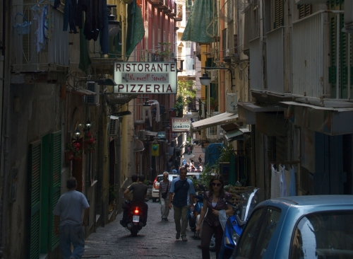 10 Ways To Stop Worrying And Experience Naples Better