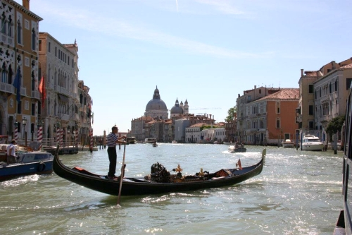 How To See Venice On A Budget (No, Really)