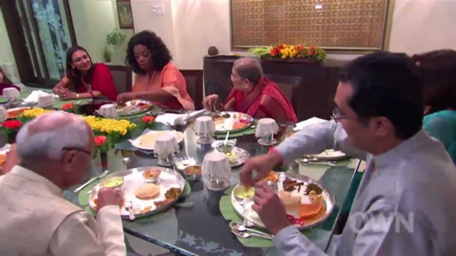 "Oprah: ""I Heard Some Indian People Eat With Their Hands"""