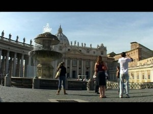 Video: An Insider's Guide To Wandering Rome