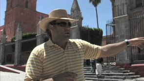 Video: Sunday In The Plaza With Jose