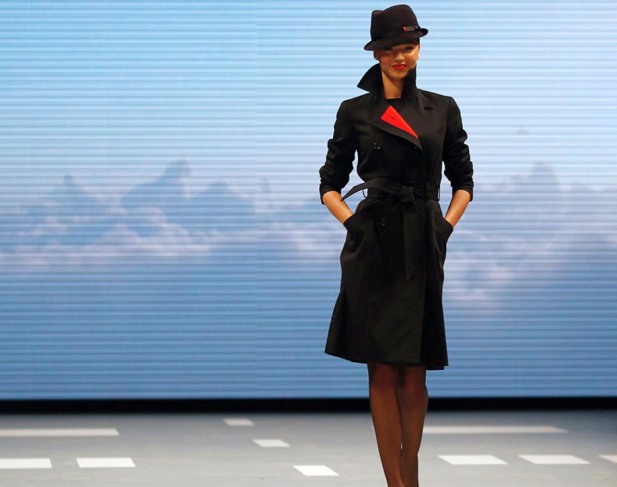 Qantas Flight Attendants To Dress Like 1940s Gangsters In An Effort To Save The Airline